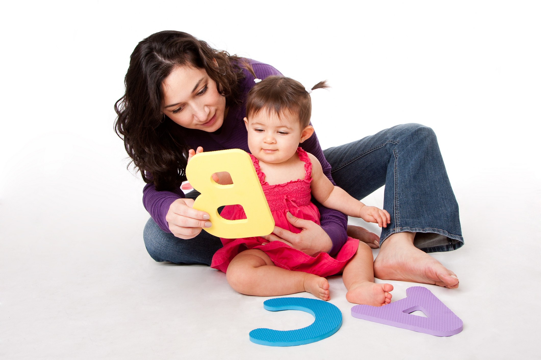 What's the best time to start teaching alphabets to the baby?